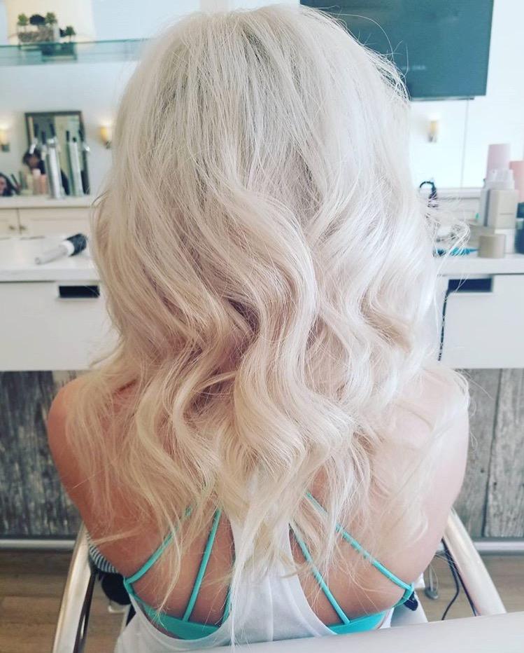 Nina Elise blowout bar hair
